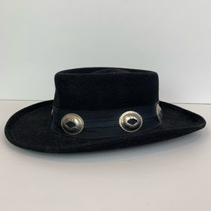 Accessories - Wool fedora hat with metal buckles